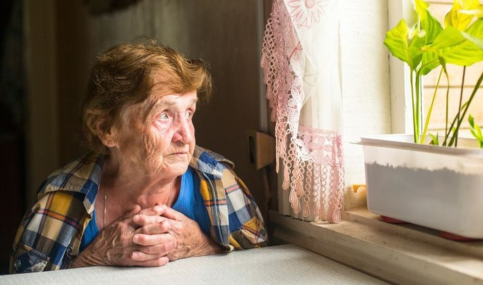ayudar a personas mayores ante la soledad